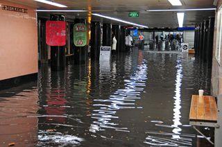 Degraves flooding