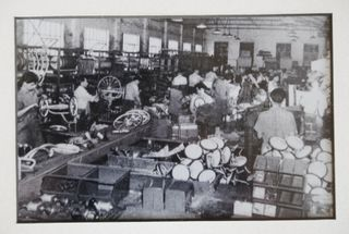 Cyclops Toy Factory_making tricycles