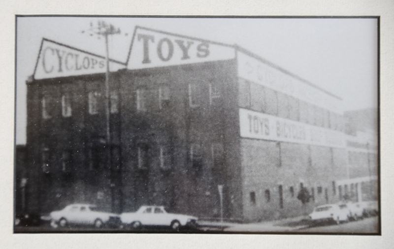 Cyclops Toy Factory_exterior_1