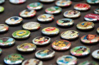Cigar band badges