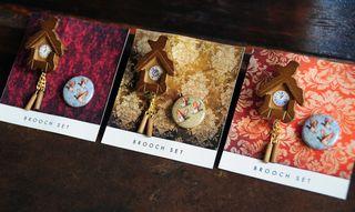 Cuckoo brooch set
