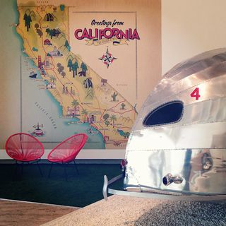California Design foyer