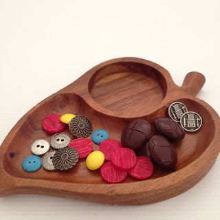 Wooden dish and buttons